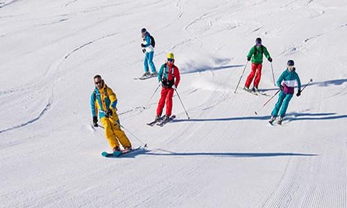 emploi moniteur de ski en station