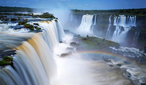 Argentine les chutes iguazu