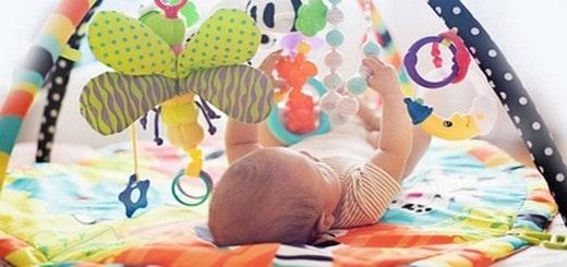 Devenir assistante maternelle à domicile