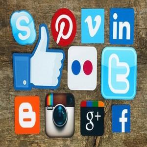 Médias sociaux et location de vacances