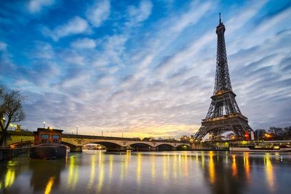 La Tour Eiffel depuis la Seine